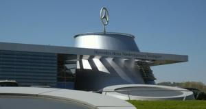 Mercedes Benz overweegt nieuwe produktie uitbreiding