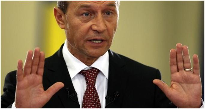 Voormalige president Basescu in staat van beschuldiging gesteld