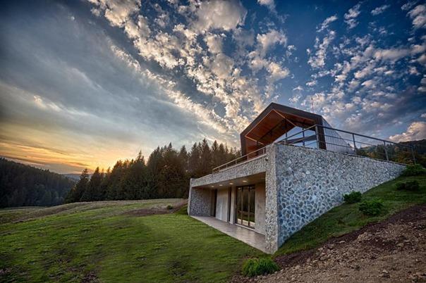 Nederlandse en lokale investeerders ontwikkelen eerste groene vakantieoord in de bergen in Roemenie